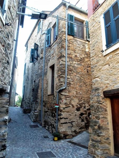Garlenda-Fraz.Castelli