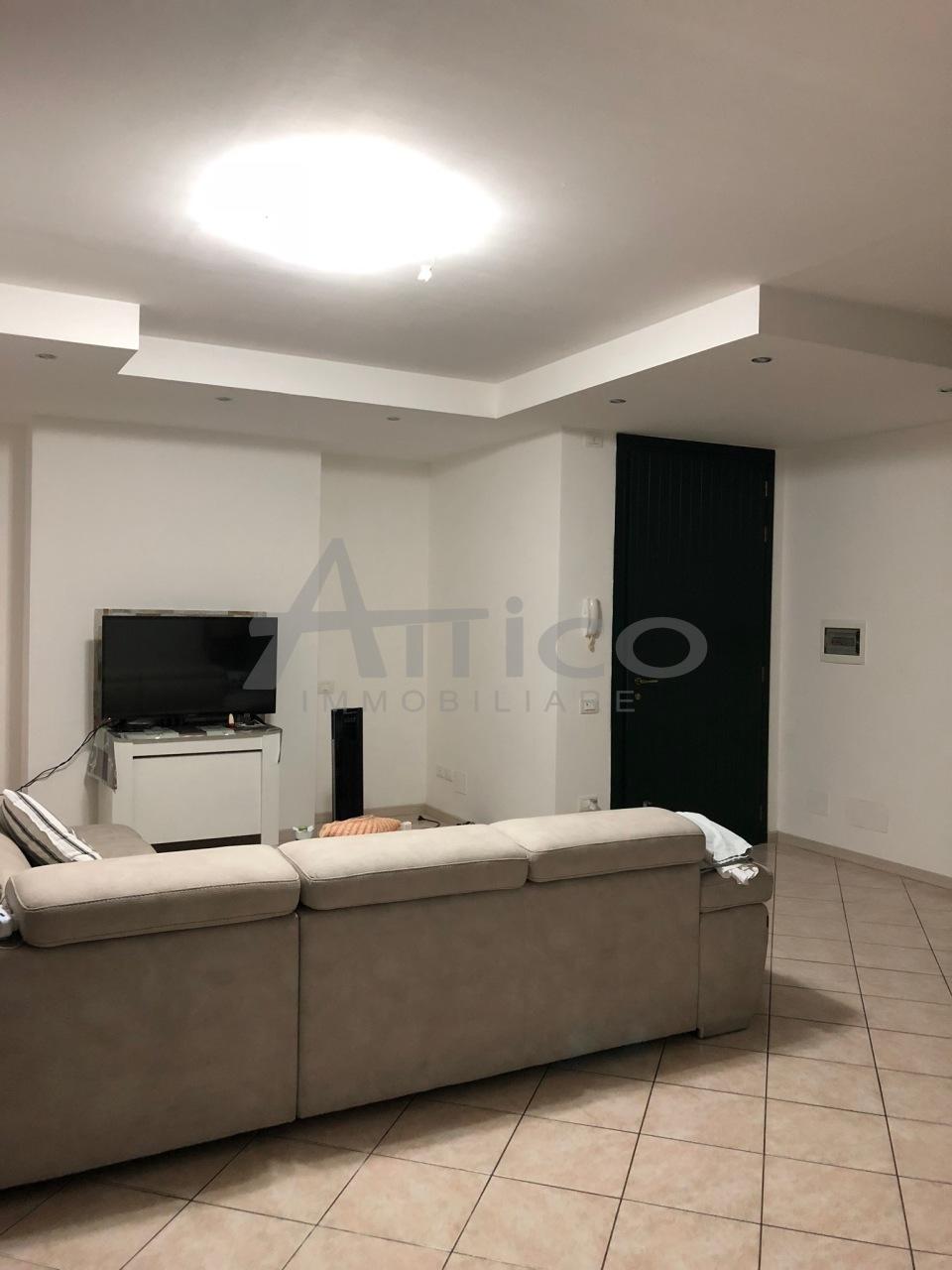 Casa Indipendente in ottime condizioni in vendita Rif. 7575962