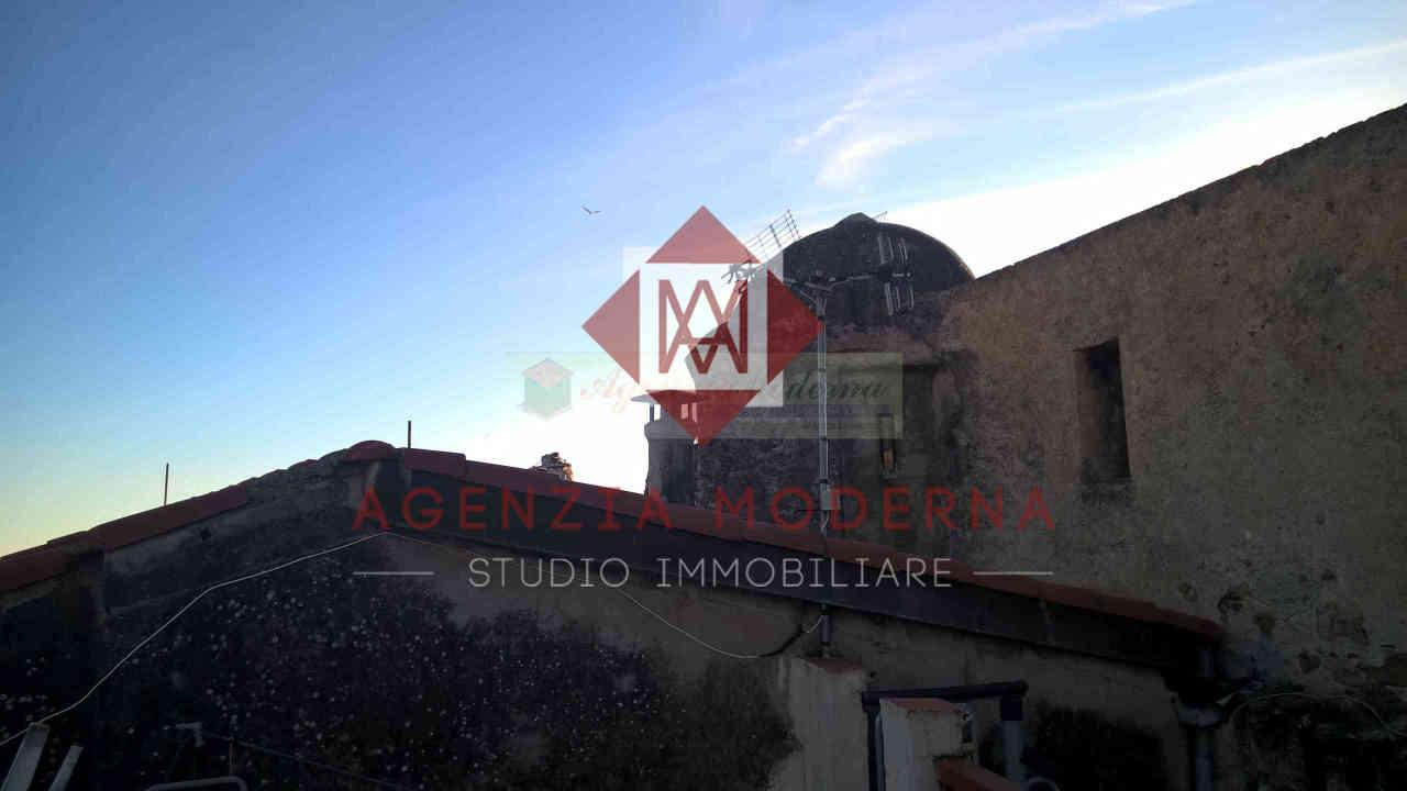 Indipendente - Singola a Ventimiglia