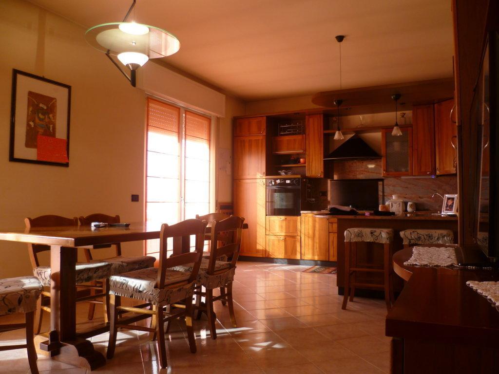 Casa Indipendente da ristrutturare in vendita Rif. 4173512