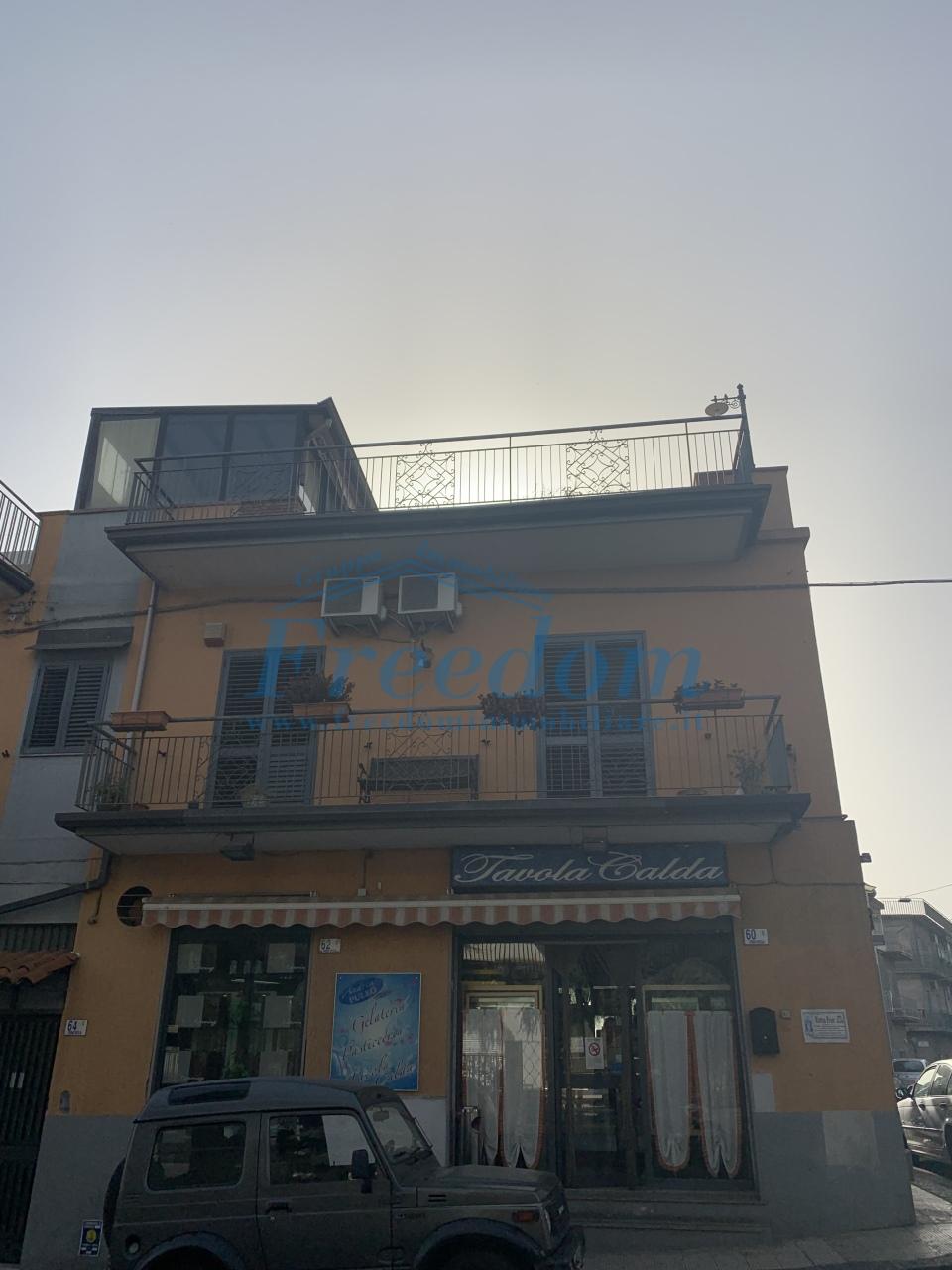 Attico / Mansarda in vendita a Motta Sant'Anastasia, 2 locali, prezzo € 75.000   PortaleAgenzieImmobiliari.it