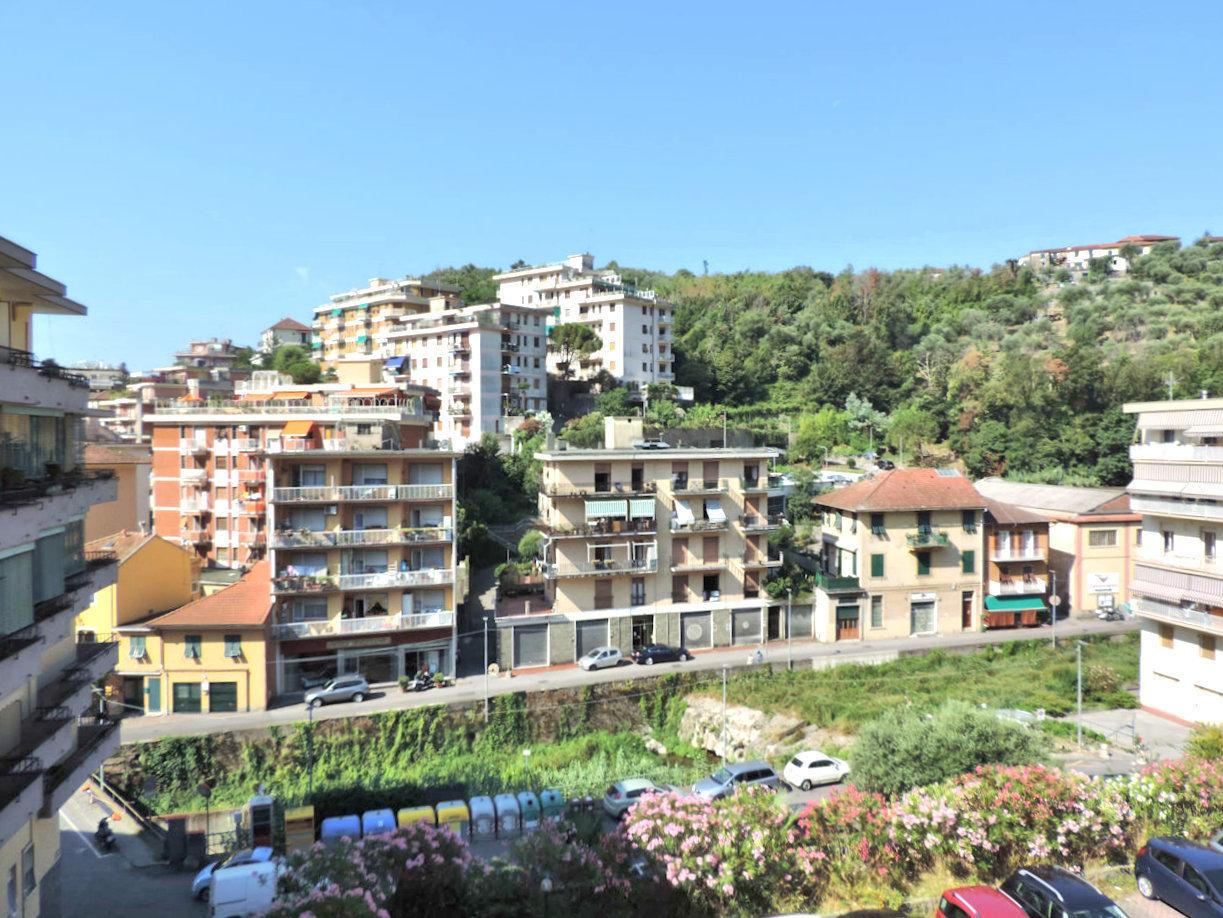 Appartamento in affitto a Rapallo, 4 locali, prezzo € 430 | PortaleAgenzieImmobiliari.it