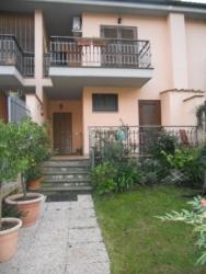 Casa Indipendente in Vendita a Riano, 150'000€, 110 m²
