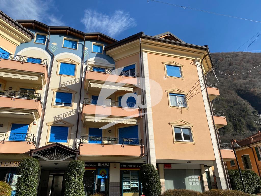 Appartamento in vendita a Laveno-Mombello, 2 locali, prezzo € 200.000 | PortaleAgenzieImmobiliari.it