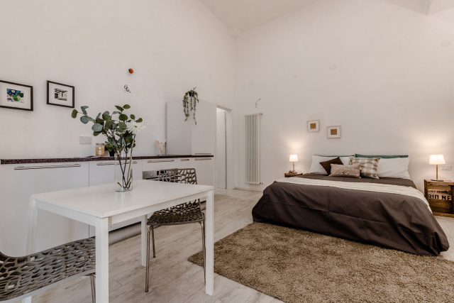 Vendita appartamento con entrata indipendente, Bologna