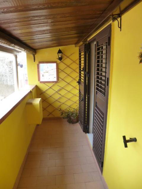 Casa Indipendente ristrutturato arredato in affitto Rif. 11881021