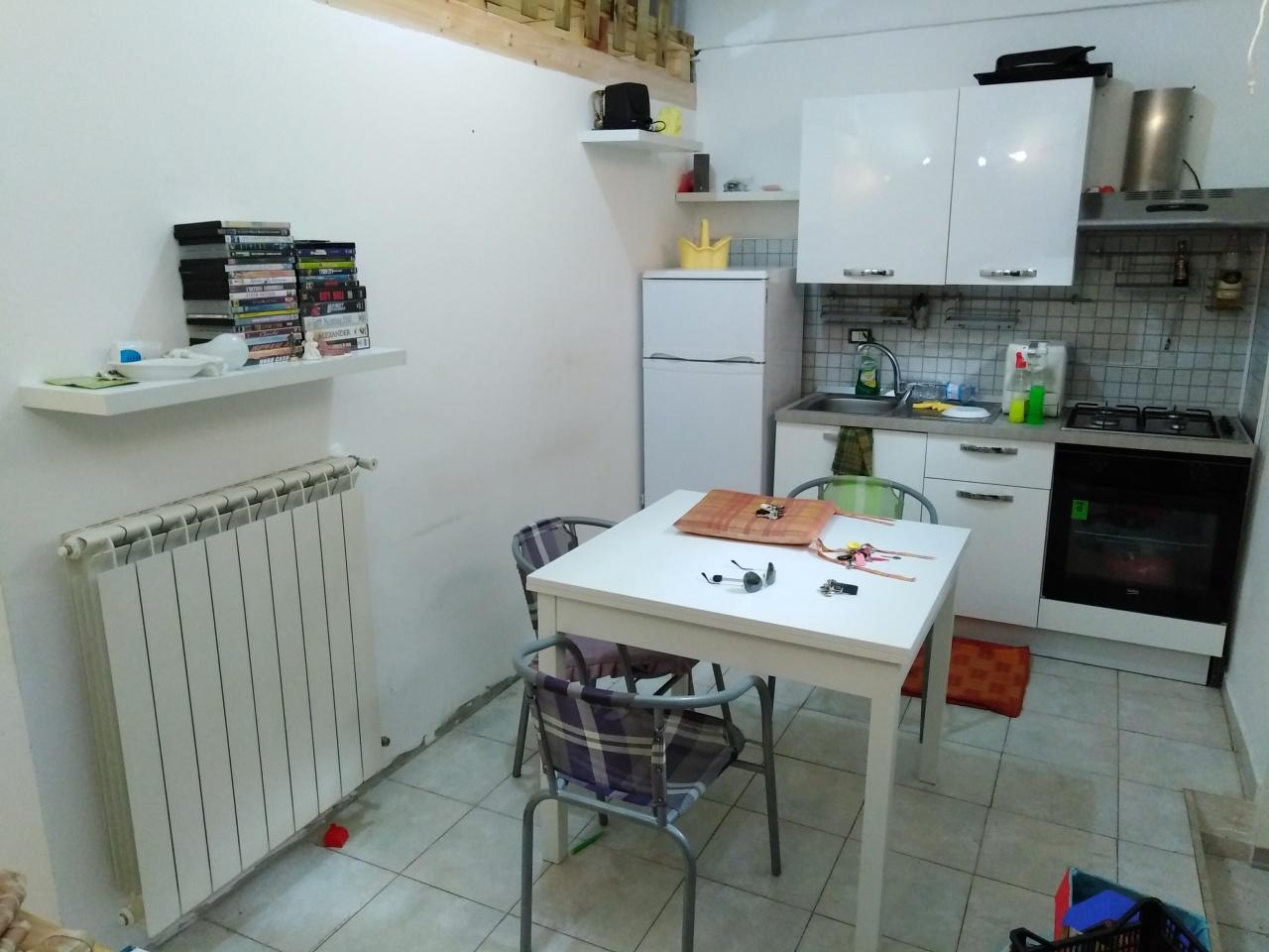 Casa Indipendente ristrutturato arredato in affitto Rif. 11299421