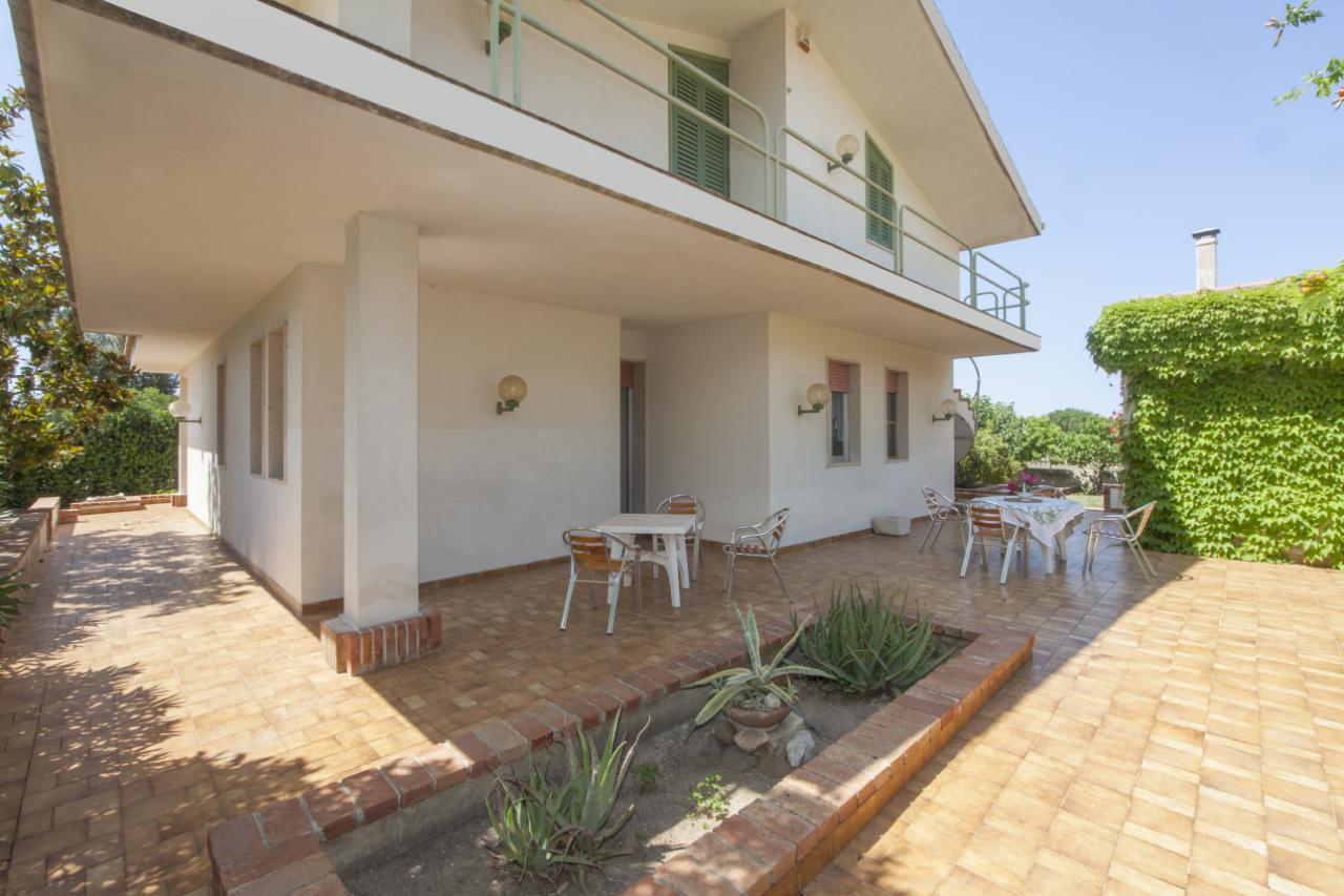 Villa in ottime condizioni arredato in vendita Rif. 10373192
