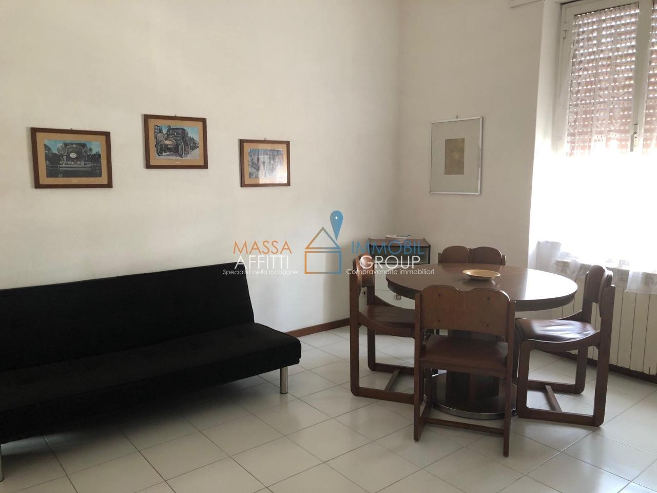 Bilocale in buone condizioni arredato in affitto Rif. 9985871