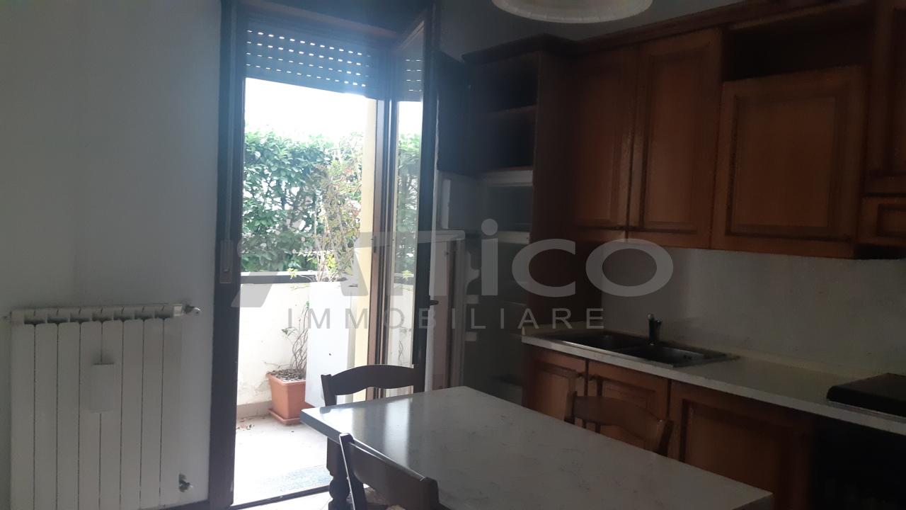 Appartamento in vendita a Rovigo, 2 locali, prezzo € 57.000 | CambioCasa.it
