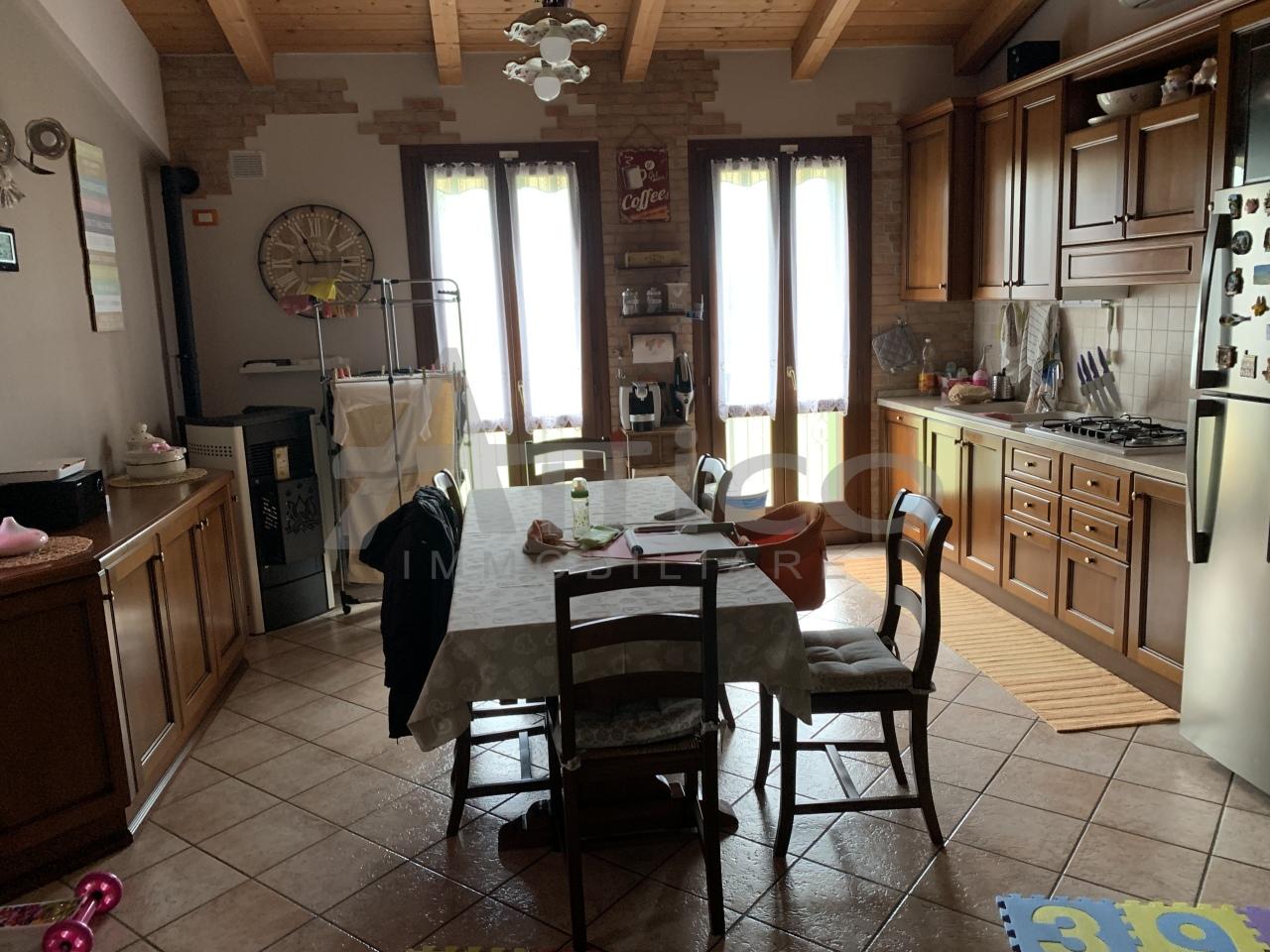 Appartamento - Quadrilocale a Grignano Polesine, Rovigo