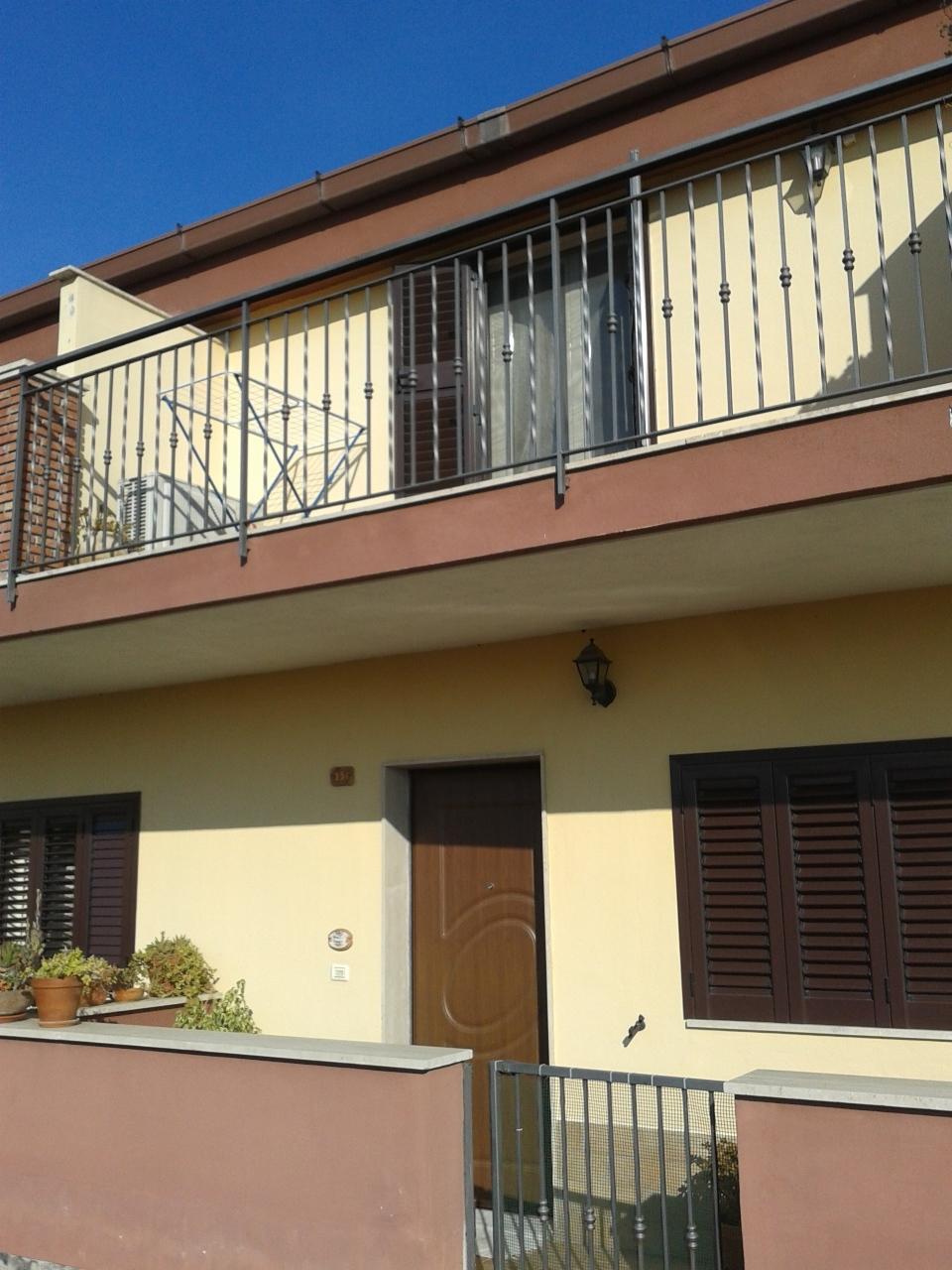 Villa a schiera a Lineri, Misterbianco