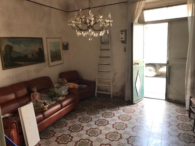 Casa Indipendente in discrete condizioni in vendita Rif. 11021762