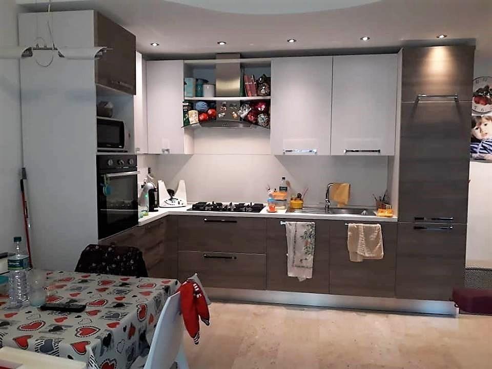 Appartamento ristrutturato in vendita Rif. 9599644
