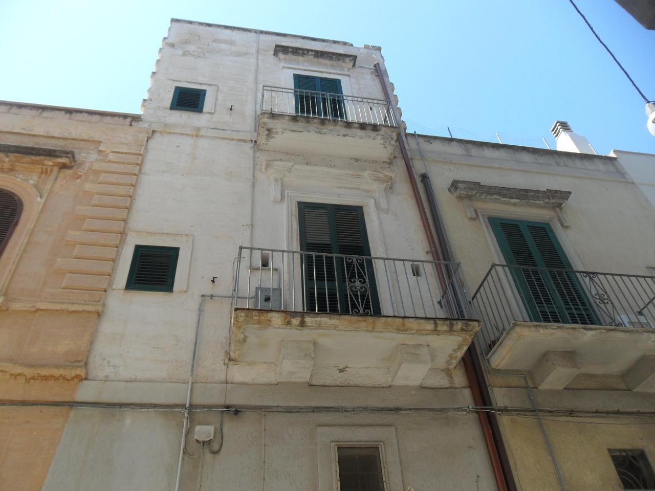 Casa Indipendente in discrete condizioni in vendita Rif. 4172609