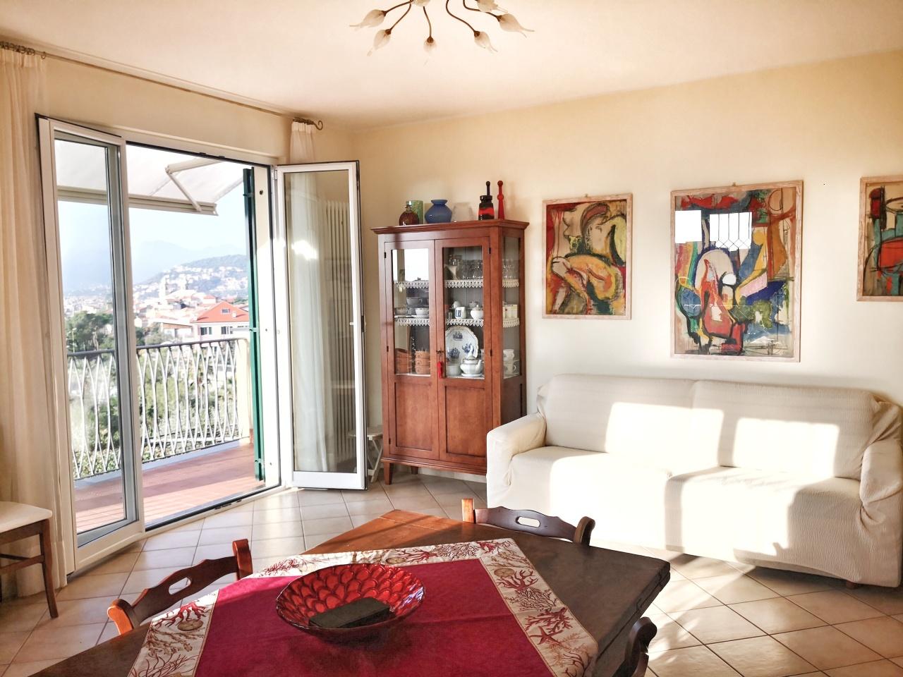 Appartamento in vendita a Borgio Verezzi, 3 locali, prezzo € 500.000 | PortaleAgenzieImmobiliari.it