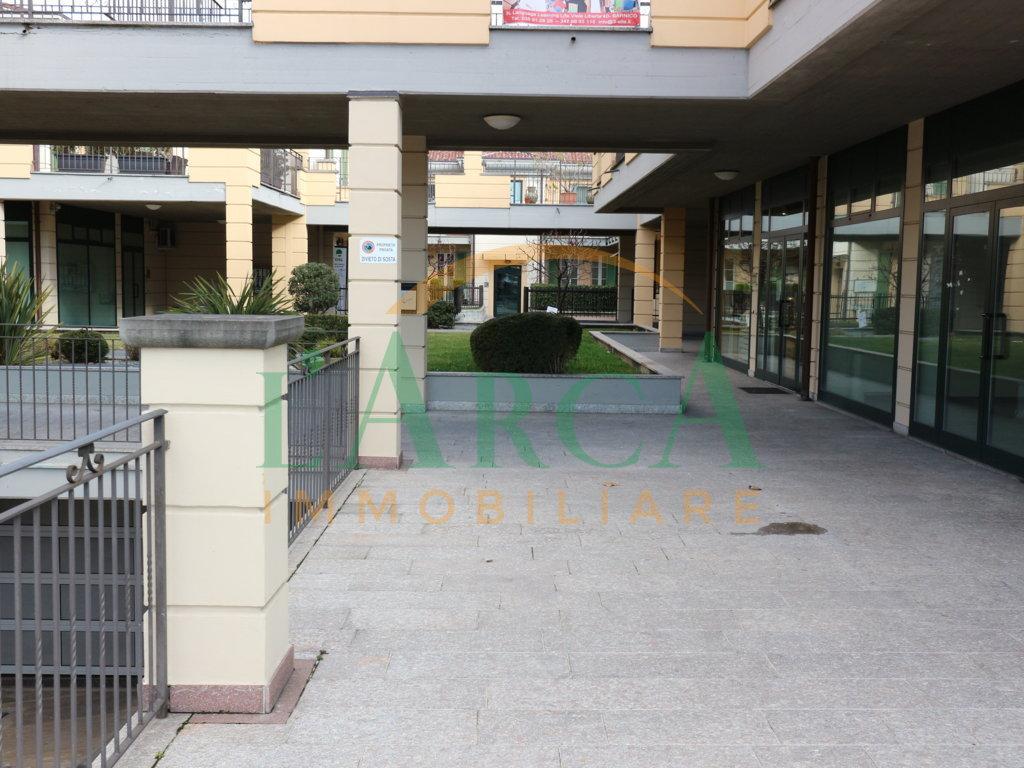 Locale commerciale - 3 Vetrine a Sarnico Rif. 7882551