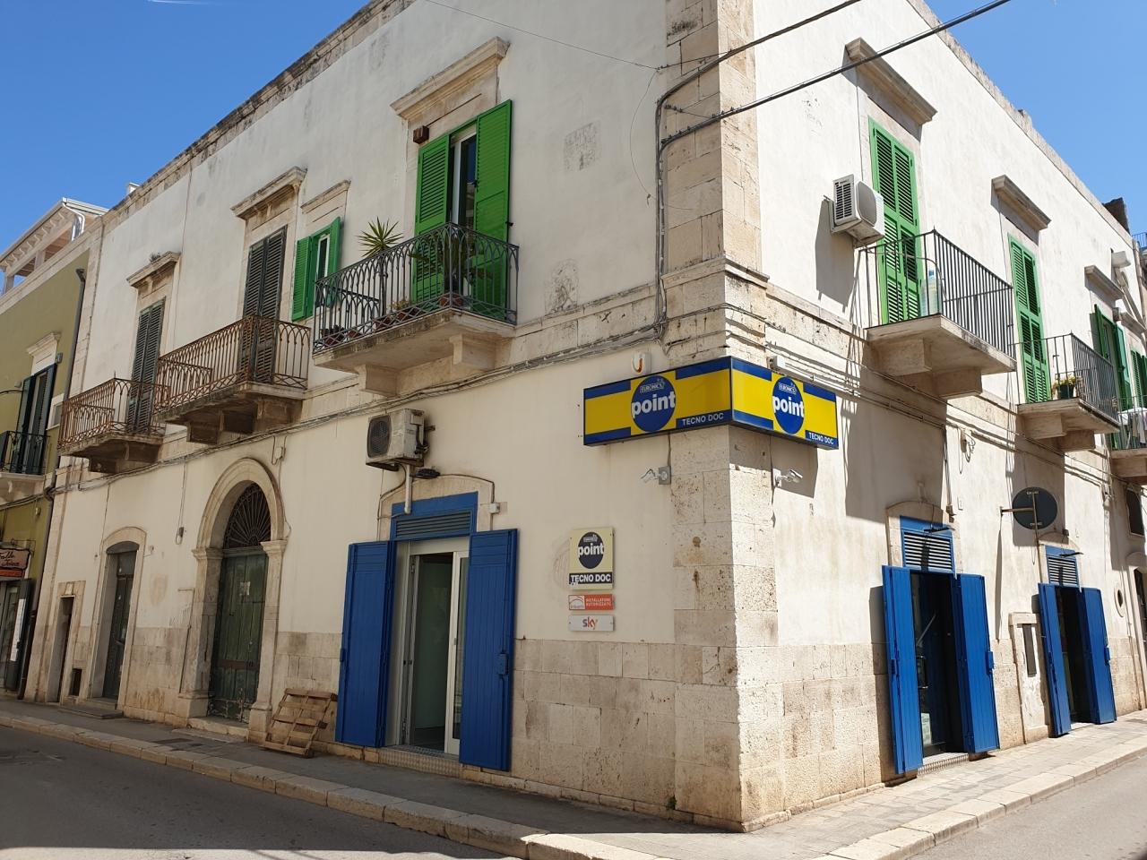 Casa Indipendente in discrete condizioni in vendita Rif. 10165232