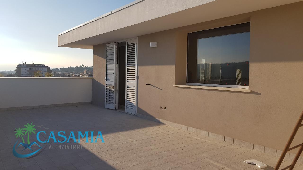 Attico / Mansarda in vendita a Monteprandone, 4 locali, prezzo € 295.000   PortaleAgenzieImmobiliari.it