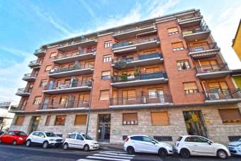 Rif.(63) - Appartamento, Torino  -  Pozzo ...