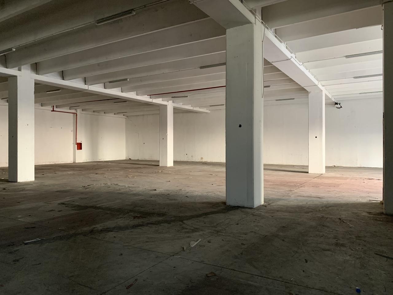 Capannone / Fondo - Industriale/Artigianale a Lucrezia della Valle, Catanzaro Rif. 12312025