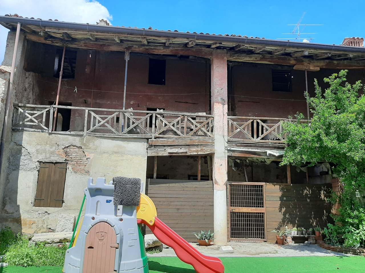 Rustico / Casale in vendita a Prevalle, 6 locali, prezzo € 59.000 | PortaleAgenzieImmobiliari.it