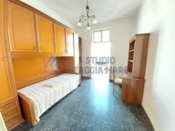 Immagine di Appartamento Quadrilocale In Vendita Riva Ligure (IM)  non disponibile