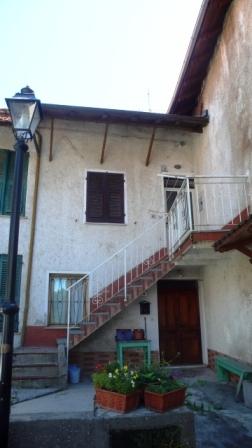 Soluzione Semindipendente in vendita a Mioglia, 8 locali, prezzo € 50.000   PortaleAgenzieImmobiliari.it