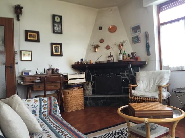 Appartamento in vendita a Urbe, 3 locali, prezzo € 33.000 | PortaleAgenzieImmobiliari.it