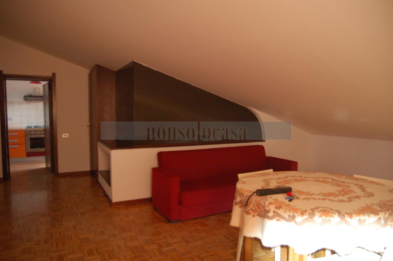 Appartamento in affitto a Corciano, 3 locali, prezzo € 350 | CambioCasa.it