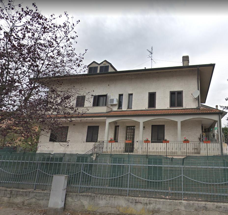 Villetta a schiera da ristrutturare in vendita Rif. 11117994