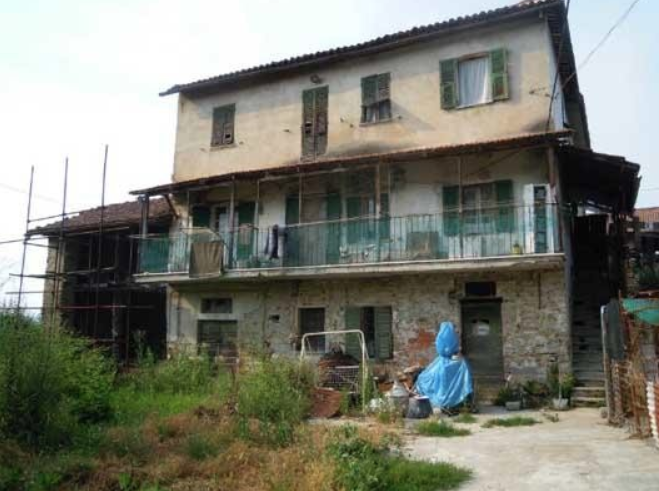 Casa Indipendente in discrete condizioni in vendita Rif. 9630145