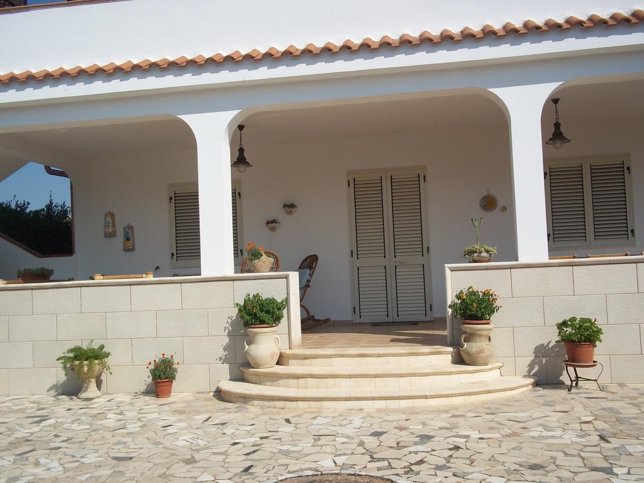 Villa in ottime condizioni in vendita Rif. 9191304