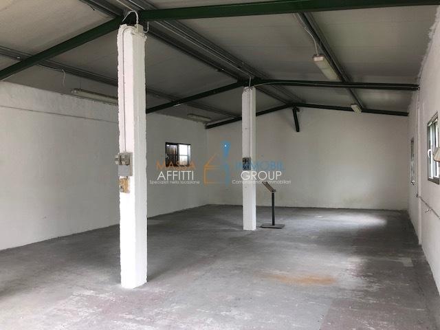 Capannone / Fondo - Industriale/Artigianale a Massa Rif. 9803144