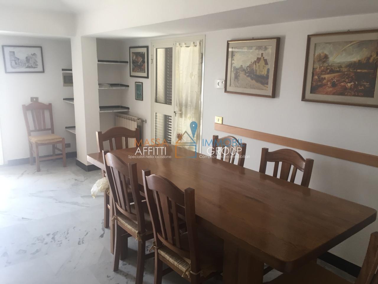 Quadrilocale in ottime condizioni arredato in affitto Rif. 7652030