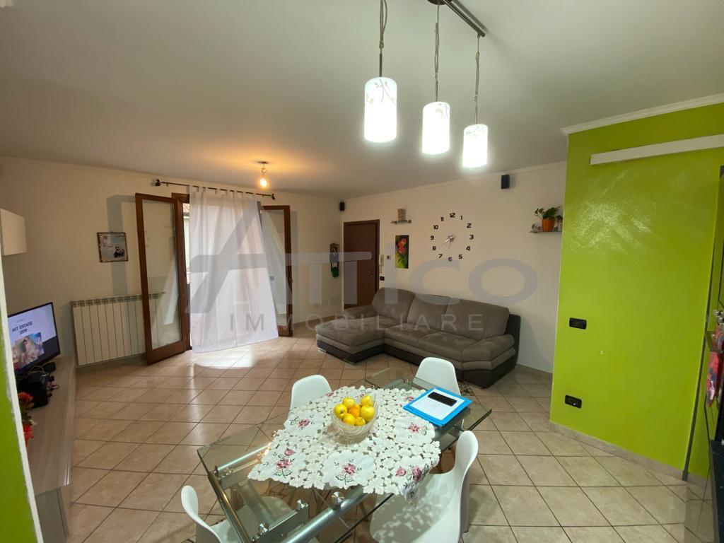 Appartamento in vendita a Bosaro, 5 locali, prezzo € 115.000 | PortaleAgenzieImmobiliari.it