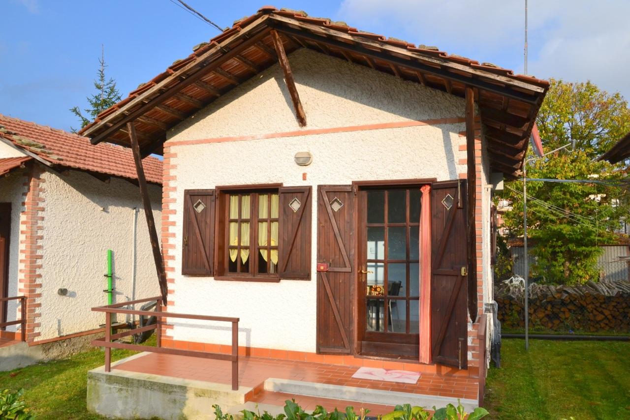 Monolocale in buone condizioni arredato in affitto Rif. 11534516