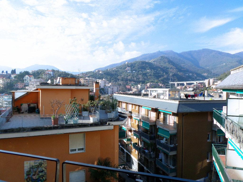 Appartamento in vendita a Rapallo, 5 locali, prezzo € 189.000 | PortaleAgenzieImmobiliari.it