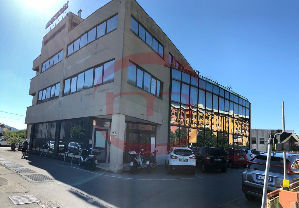 Ufficio / Studio in vendita a Sarzana, 9999 locali, prezzo € 220.000 | PortaleAgenzieImmobiliari.it