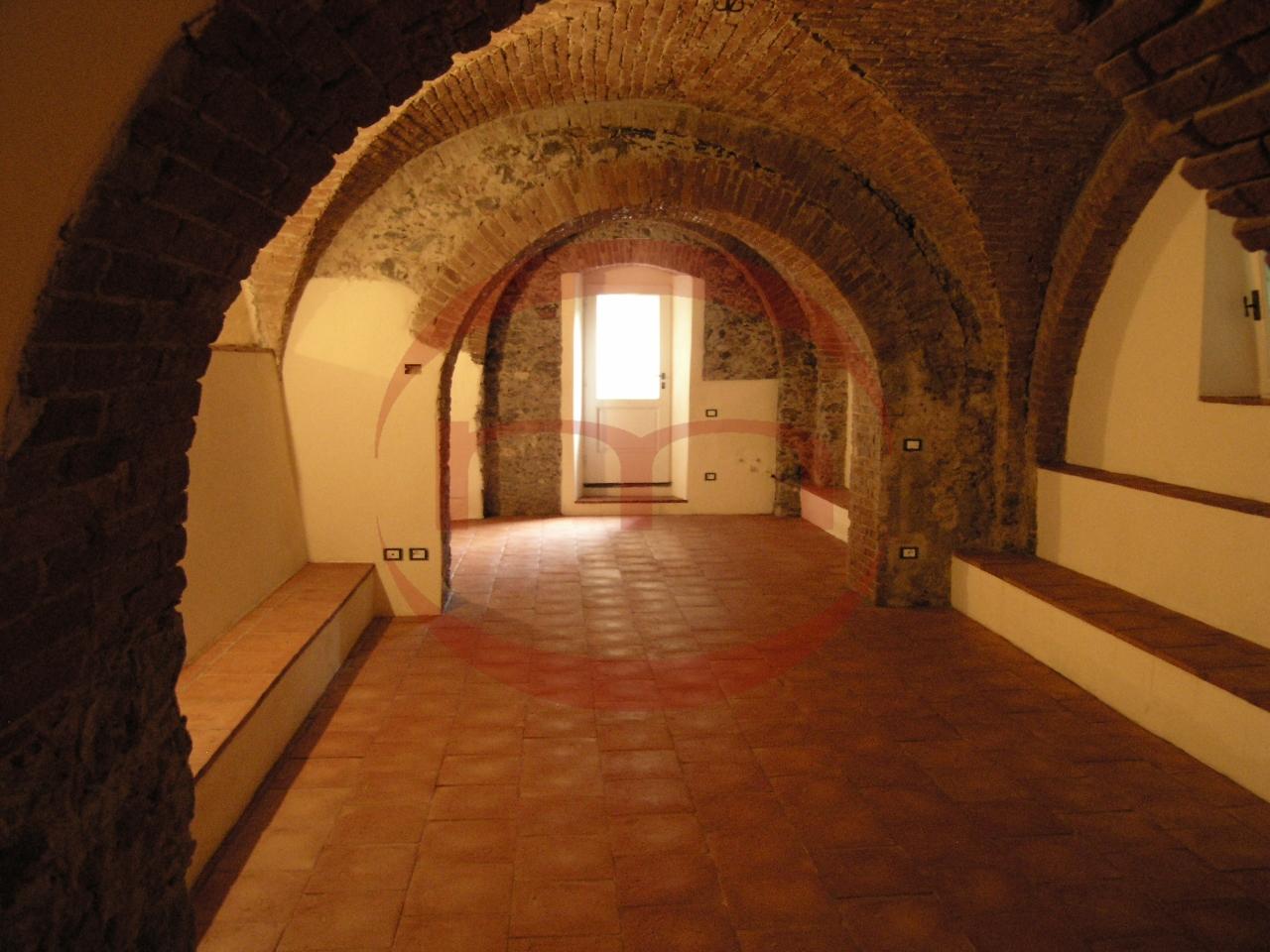 Loft / Openspace in vendita a Sarzana, 4 locali, prezzo € 168.000 | PortaleAgenzieImmobiliari.it