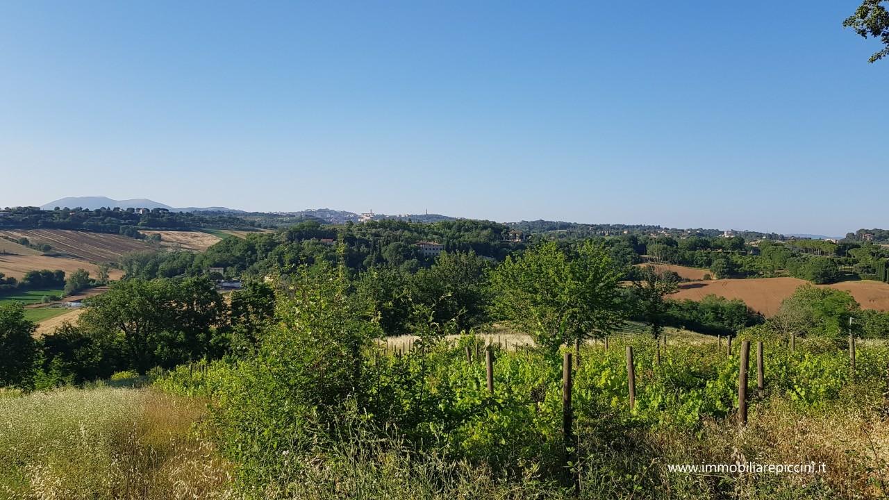 Agricolo - Seminativo a Boneggio, Perugia