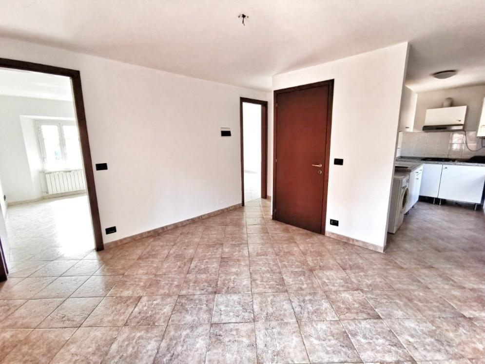 Porzione di casa in buone condizioni in vendita Rif. 11238133