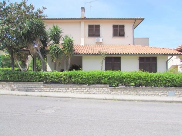 Villetta a schiera in ottime condizioni in vendita Rif. 11238162