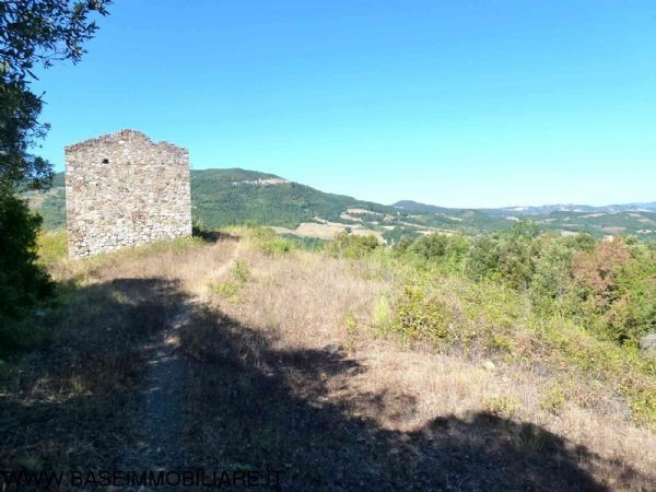 Rustico / Casale in vendita a Montecatini Val di Cecina, 6 locali, prezzo € 120.000 | CambioCasa.it