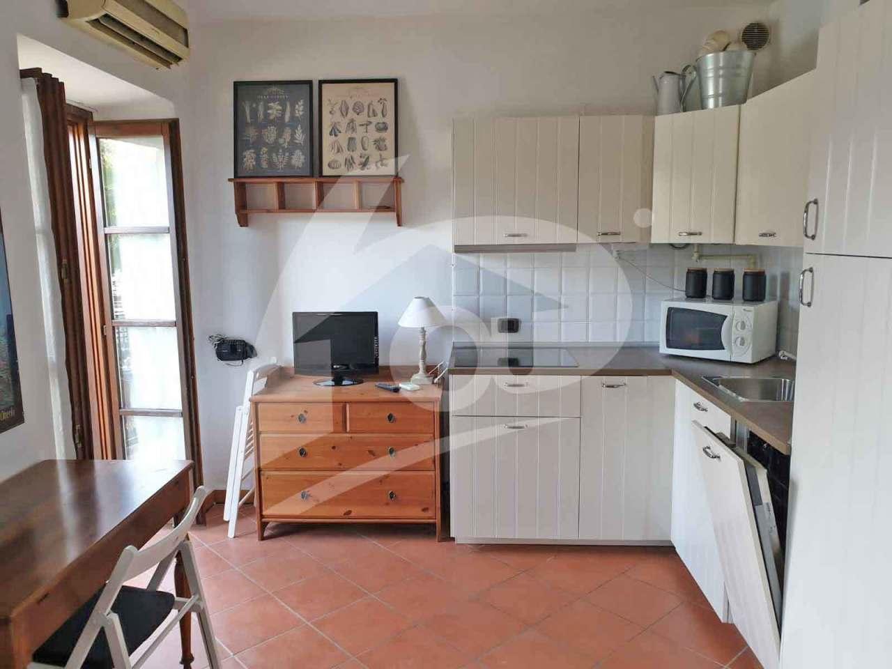 Appartamento in affitto a Laveno-Mombello, 2 locali, prezzo € 400   PortaleAgenzieImmobiliari.it