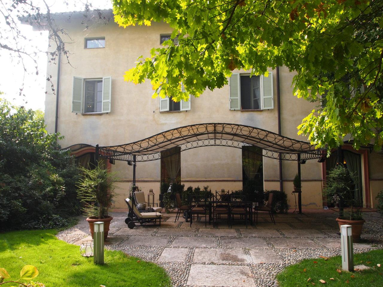 Semindipendente - Porzione di casa a Vigheffio, Parma