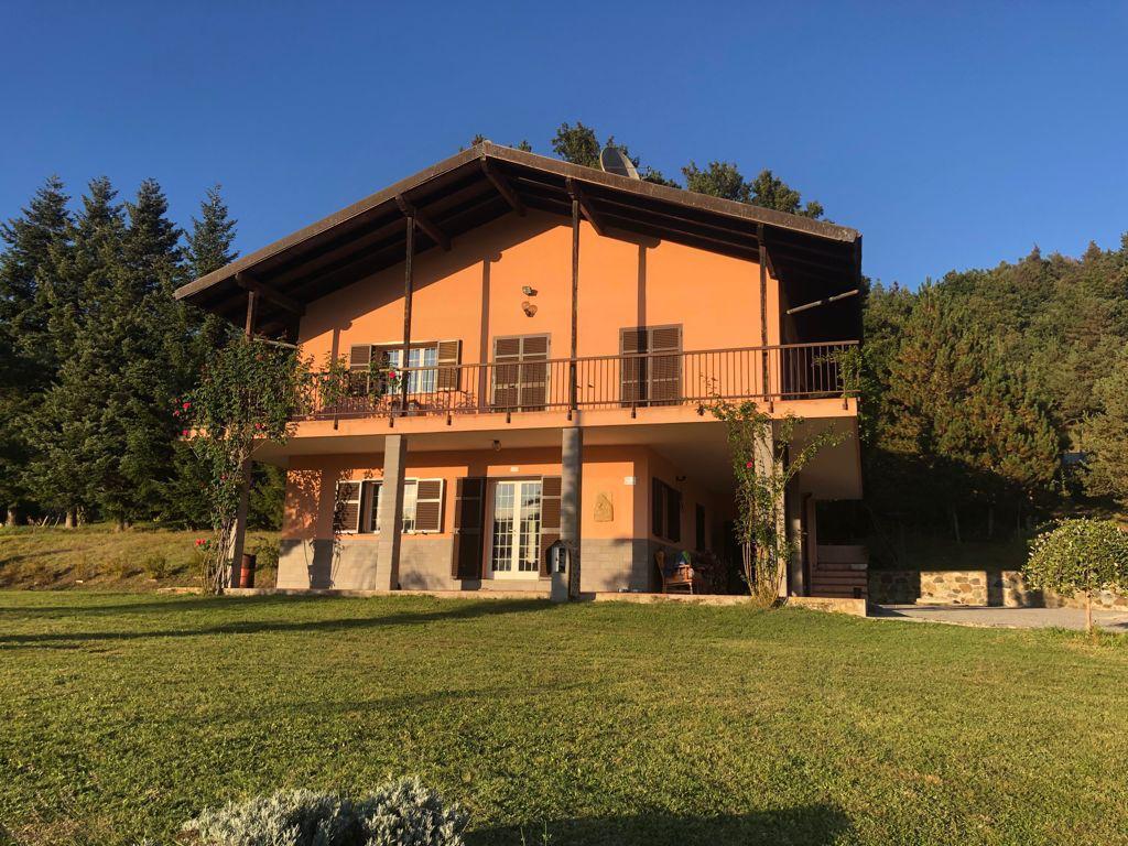 Soluzione Indipendente in vendita a Giusvalla, 8 locali, Trattative riservate | PortaleAgenzieImmobiliari.it