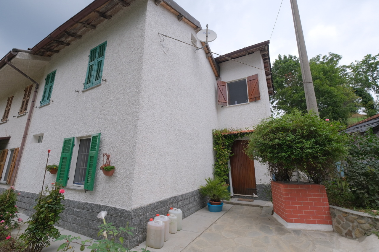 Soluzione Semindipendente in vendita a Giusvalla, 5 locali, prezzo € 80.000 | PortaleAgenzieImmobiliari.it