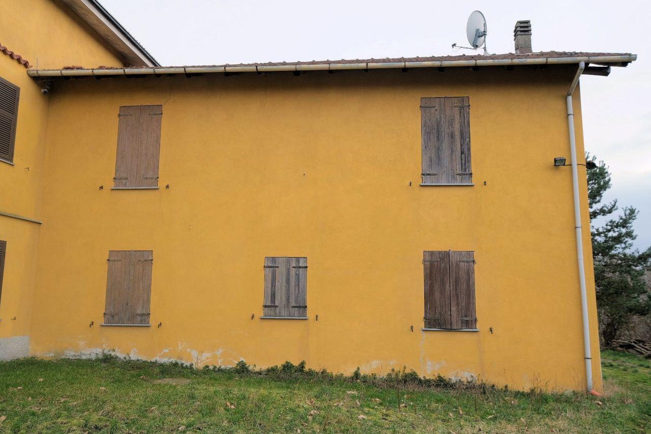 Rustico / Casale in vendita a Malvicino, 7 locali, prezzo € 65.000 | PortaleAgenzieImmobiliari.it
