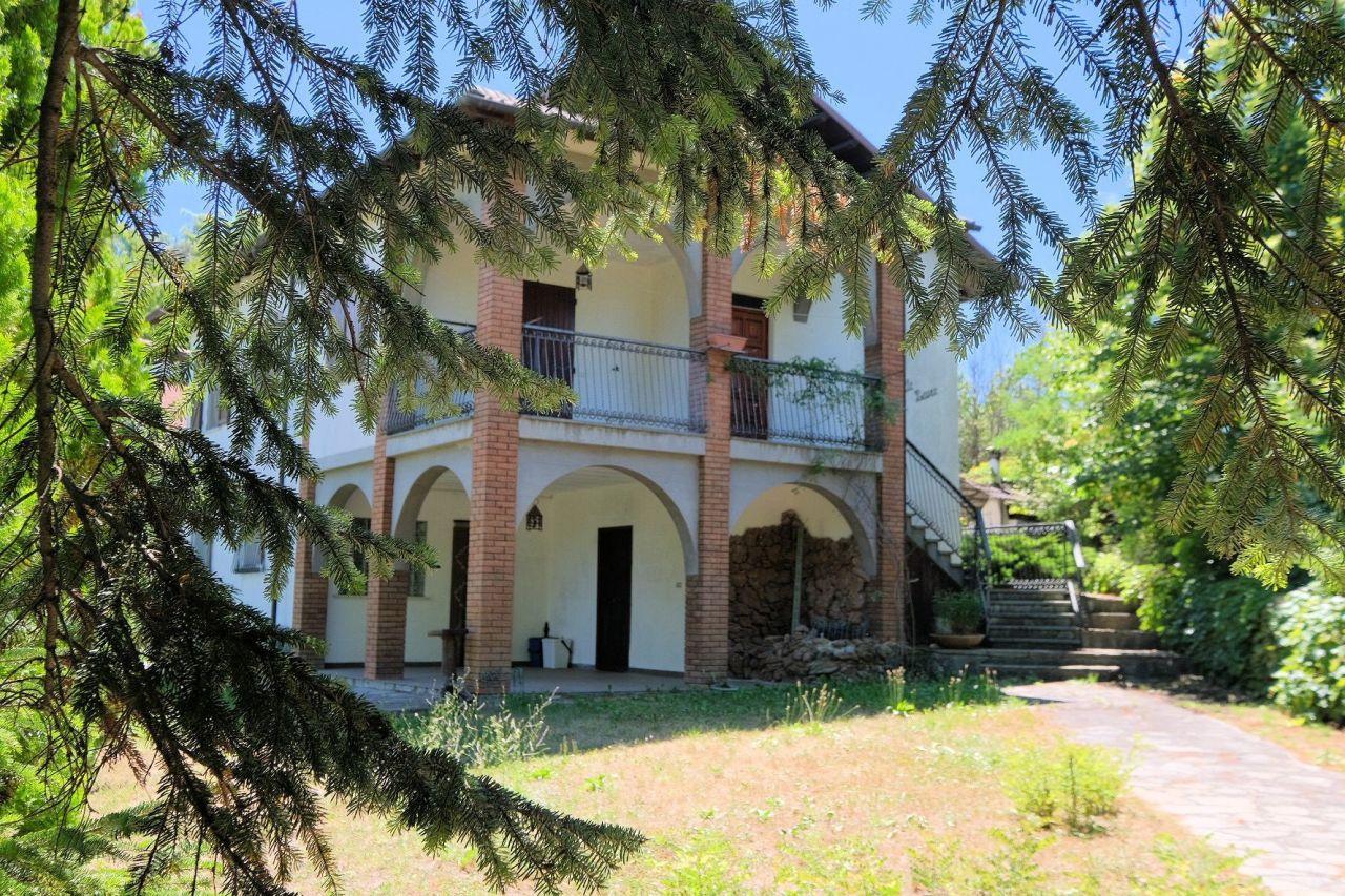 Soluzione Indipendente in vendita a Mioglia, 8 locali, prezzo € 160.000 | PortaleAgenzieImmobiliari.it
